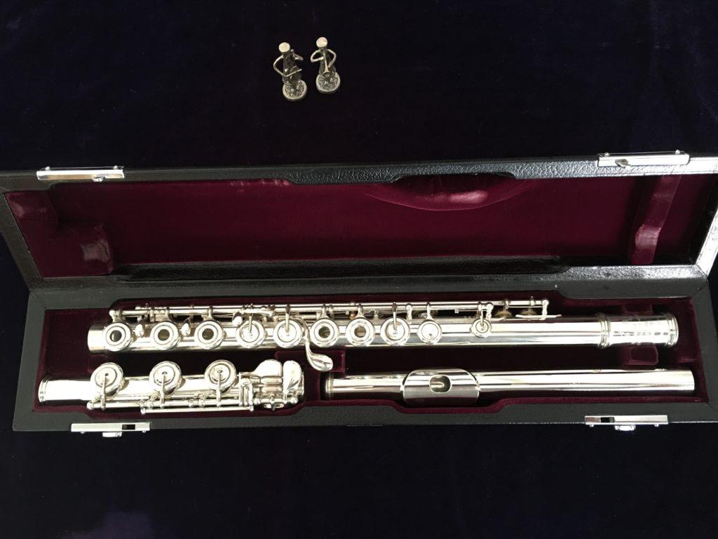 USED FLUTES: #1529 Yamaha YFL881-SR-RBI. COA Dagan. € 5500